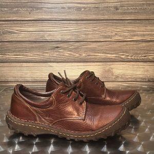 Women's Born Brown Oxford Shoes